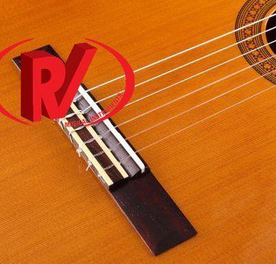 Đàn guitar Yamaha CG142S
