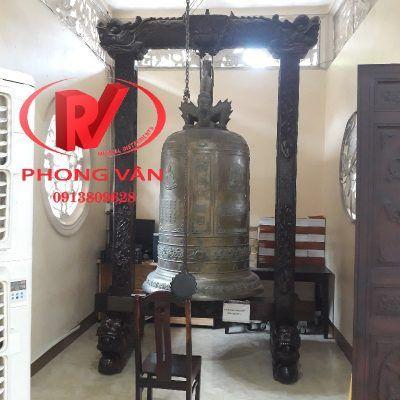 Đúc chuông đồng Huế nặng 500 kg cao 170 cm