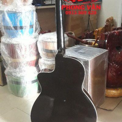 Đàn guitar vọng cổ thùng phím lõm