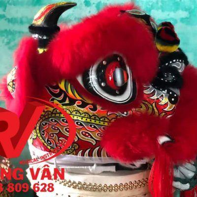 Đầu múa lân mengkok lông cừu đỏ