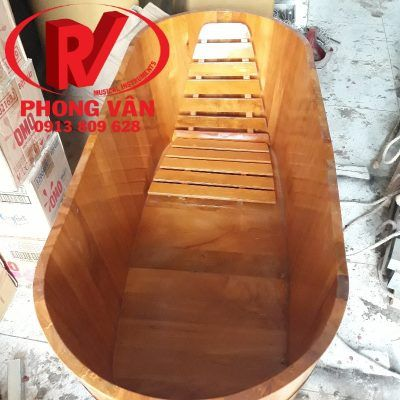 Bồn tắm bằng gỗ pơmu dài 152 cm