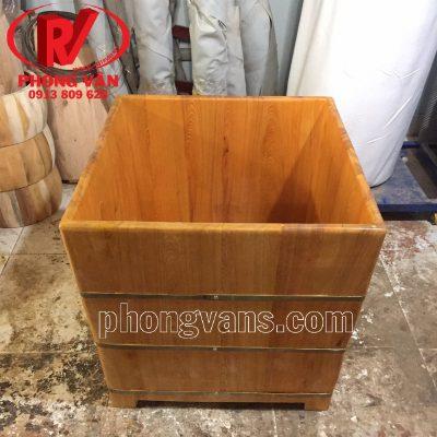 Bồn tắm gỗ hình vuôngdata-cloudzoom =