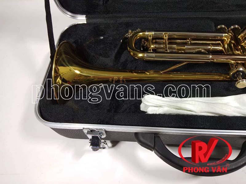 Kèn trumpet 3 màu loa vàng Victorira VTR-568EX
