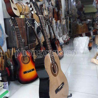 Đàn guitar gỗ giá rẻ cho sinh viêndata-cloudzoom =