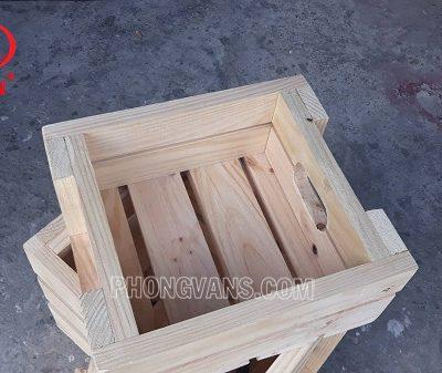 Kệ gỗ bán trái cây rau củ