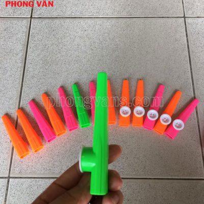 Kèn sáo kazoo nhựa