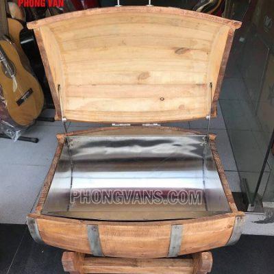 Trống gỗ đựng đá ướp lạnh