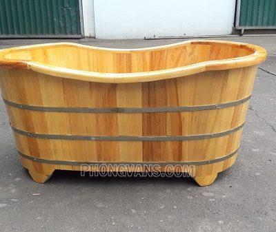Bồn tắm gỗ pơmu oval spa 1m2