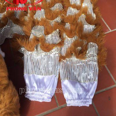 Bộ đầu múa lân lông cừu màu xám nâudata-cloudzoom =