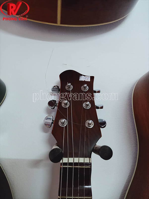 Móc gắn tường treo đàn guitar