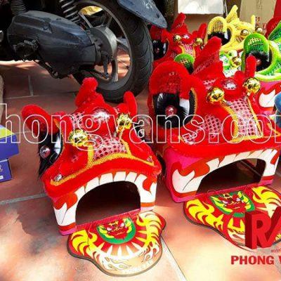 Mua đầu lân cho trẻ em ở Hà Nội