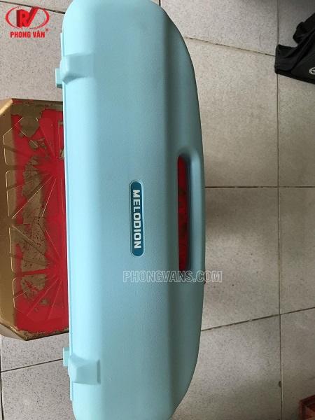 Kèn melodion Suzuki 32 phím màu xanh