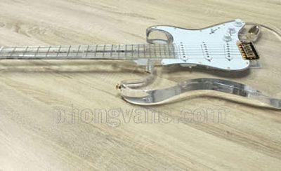 Đàn guitar điện solo pha lê acrylic trong suốtdata-cloudzoom =
