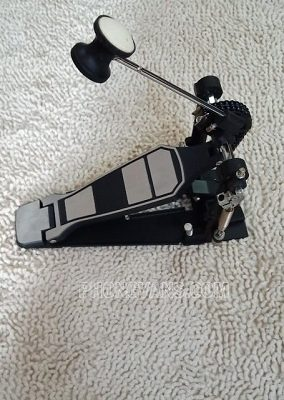 Pedal trống bass