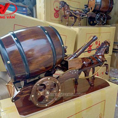 Bán sỉ xe ngựa kéo thùng rượu vang