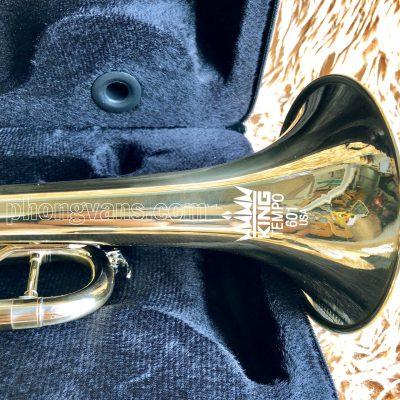 Kèn đồng trumpet vàng King USA 601