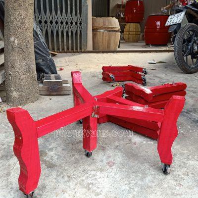Chân giá để trống gỗ 3 chân bánh xedata-cloudzoom =