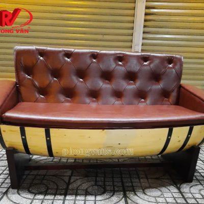 Ghế ngồi bằng thùng gỗ lót nệm da cao cấp