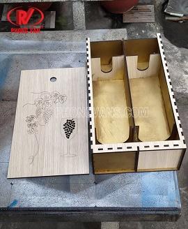 Hộp gỗ đựng hai chai rượu vangdata-cloudzoom =