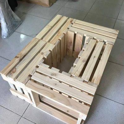 Kệ gỗ thông pallet trang trí