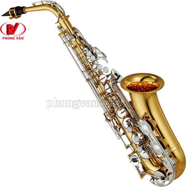 Cửa hàng bán kèn saxophone