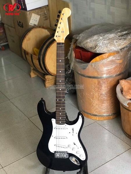Đàn guitar điện solo Việt Nam