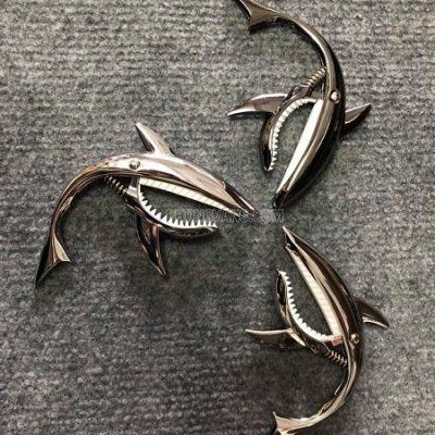 Capo cá mập kẹp đàn guitar