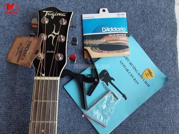 Đàn guitar thùng Tagima chính hãng màu xanh