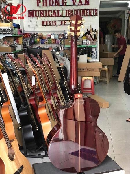 Đàn guitar cao cấp hiệu Gaemi full solid tràn viền