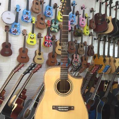Đàn guitar người nhện gỗ cẩm ấn