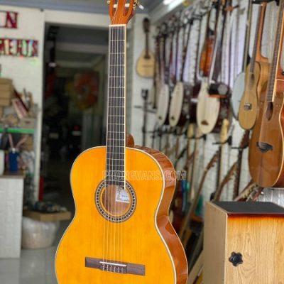 Đàn guitar classic gỗ hồng sắc dáng tròn