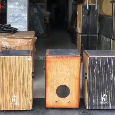 Trống cajon gỗ sồi gắn EQ hãng HT musicdata-cloudzoom =
