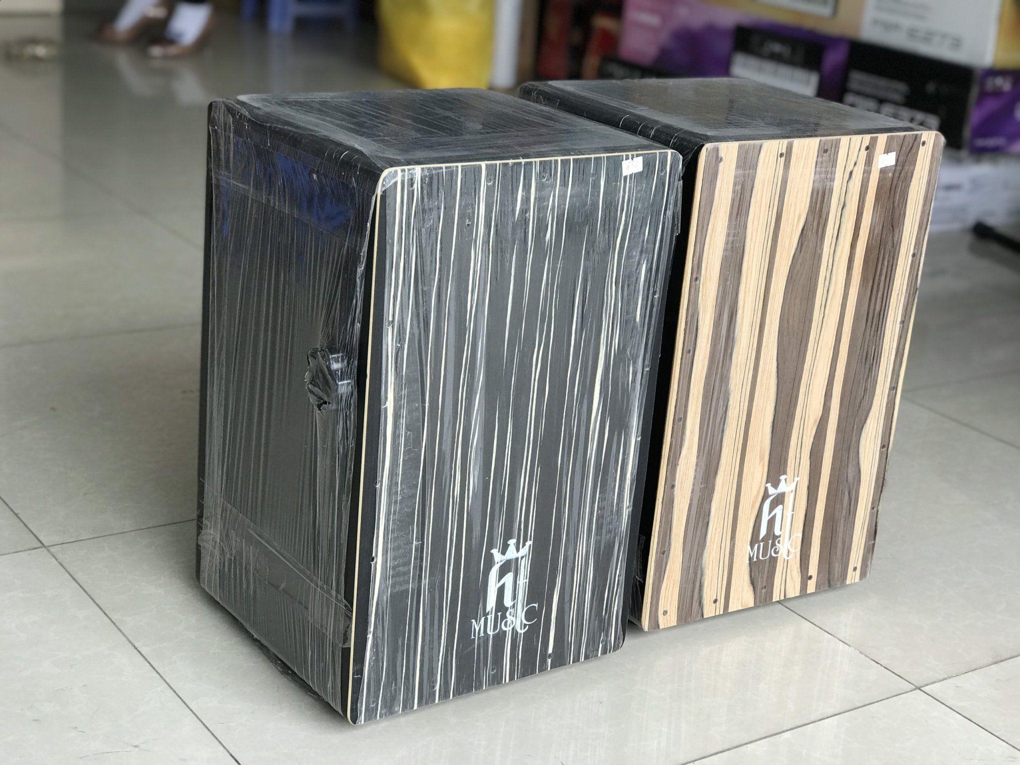 Trống cajon drum HTmusic gỗ thường mặt cao cấp EQ