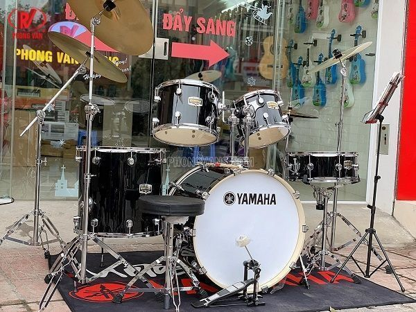 Dàn trống nhạc cơ Yamaha màu đen cao cấp