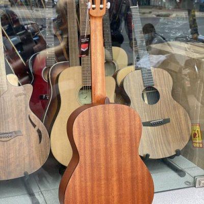 Bán sỉ đàn guitar classic Cordoba giá rẻ